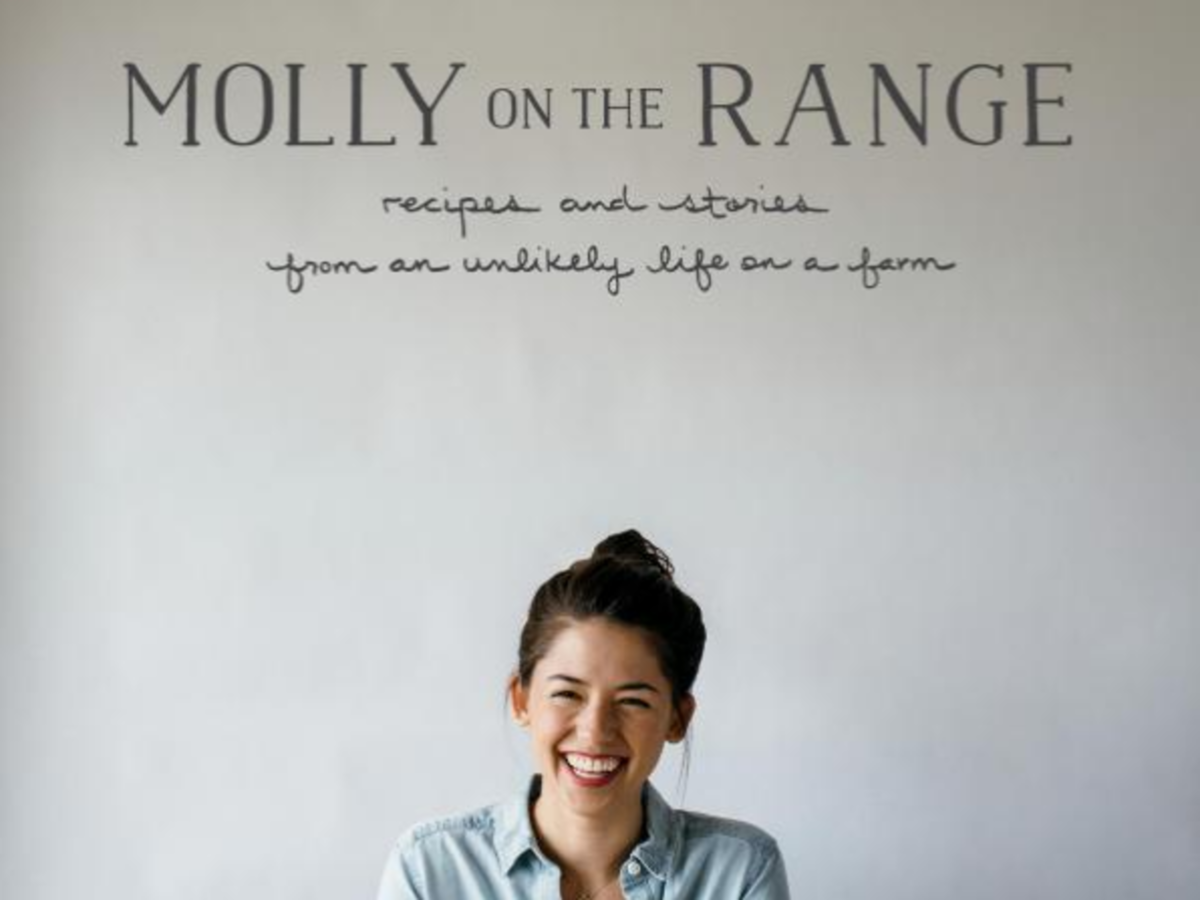 1610w Molly on the Range: Recipes and Stories from An Unlikely Life on a Farm