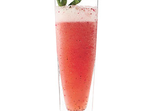 strawberry-mint-sparkling-limeade.png